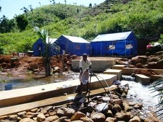 Mini-centrale électrique pour le Village d'Ambodirafia sur la cote est de Madagascar.